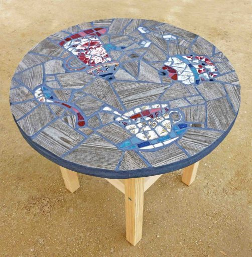 Table basse TEA-TIME bleue   muse.coquelicot